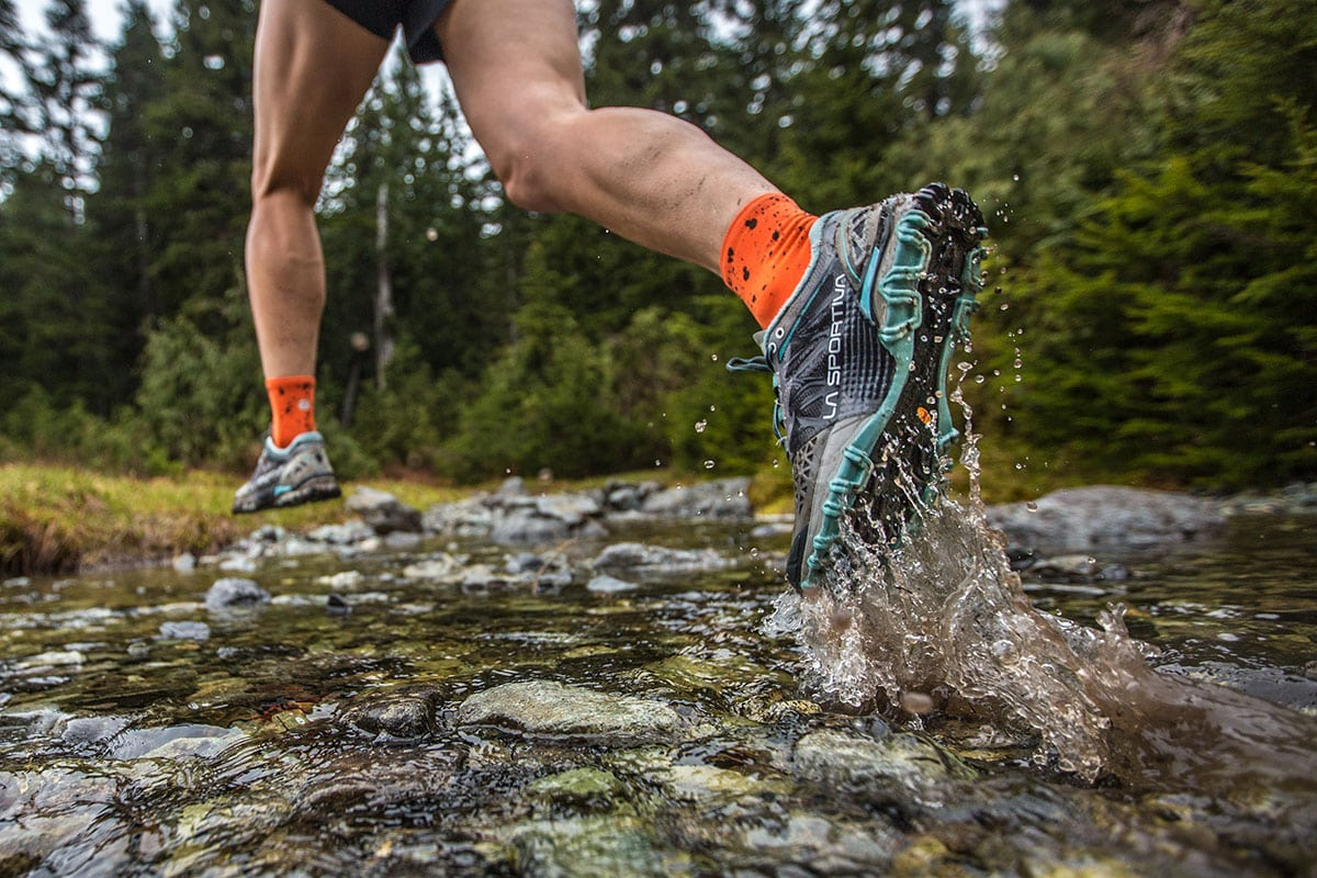 Trail-Running-Shoes-Featured