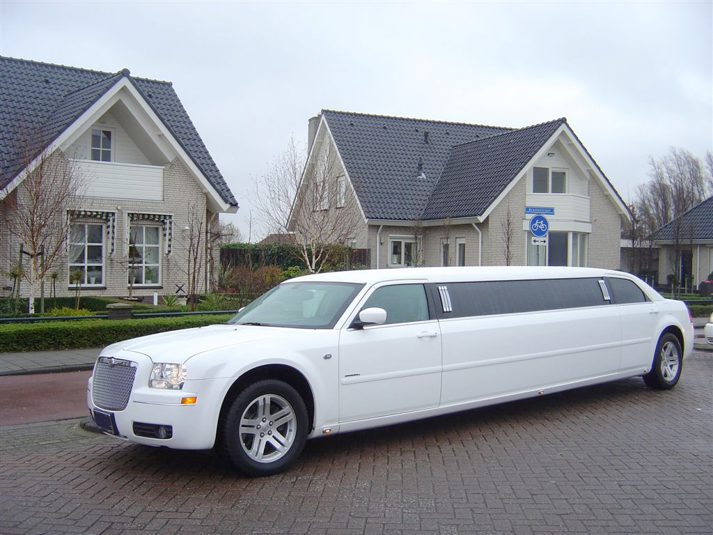 Benefits Of Renting A Limo